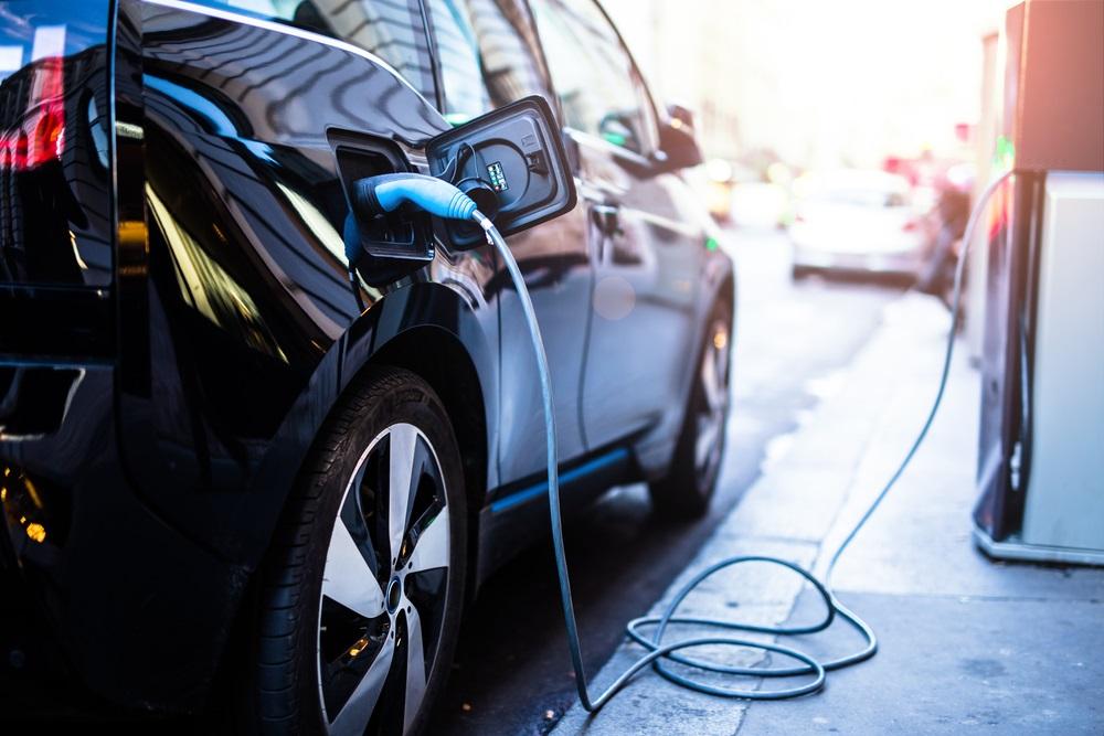 Elektrische auto's zakelijk leasen opladen