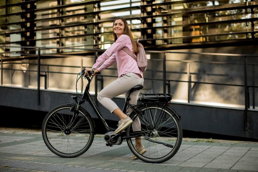 E-bike van de zaak bij een flexibele reiskostenvergoeding